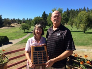 Jane & Steve Parson clain the 2014 Mr & Mrs Club Championship