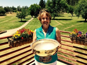 2015 Captains Cup Winner for the 18-hole group - Cathy Fouyer