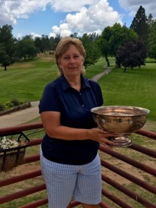 Marlene Dresbach, Captains Cup Winner for the 18-hole group
